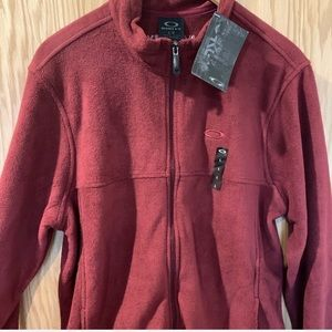 Oakley Sweater Large, Red, Like New tags